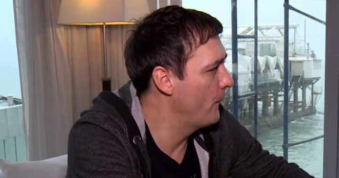 Соседи Юрия Шатунова рассказали правду о его взаимоотношениях с супругой и маленькими детьми