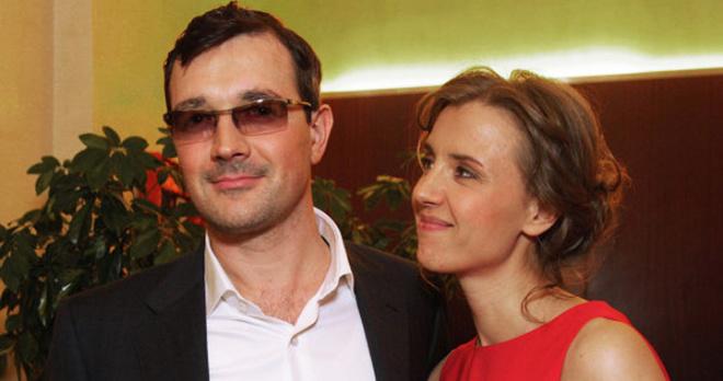 Пополнение в звездной семье: Егор Бероев и Ксения Алферова стали родителями парня с синдромом Дауна