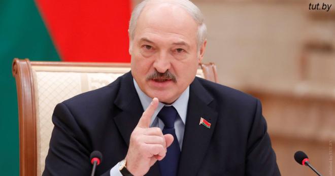 ″Немедленно″: Лукашенко запретил в Белоруссии пластиковые бутылки