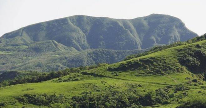 Турист нашел долину, которая выглядит точь-в-точь как спящая собака