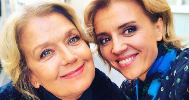 «Она такая же красавица, как и Вы с мамой»: дочь Ирины Алферовой впервые вышла в свет с 97-летней бабушкой