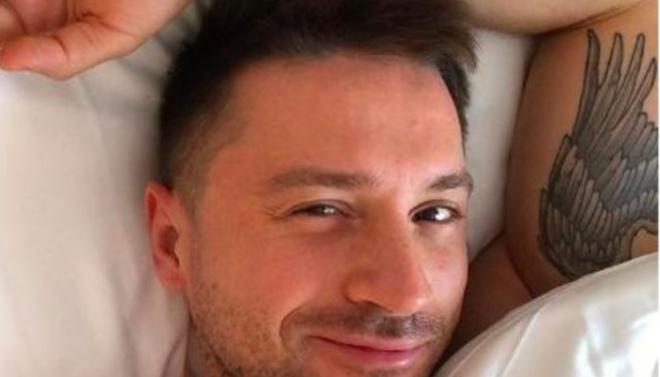 Сергей Лазарев показал «семейную идиллию» выложив новый домашний снимок.