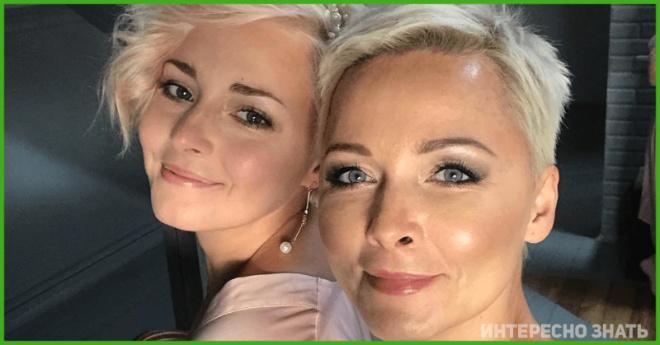 Знаменитые женщины, чьи дочери выросли и безумно похожи на своих мам