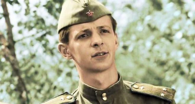 Легендарный «Кузнечик» из фильма «В бой идут одни «старики»: судьба актёра Сергея Иванова