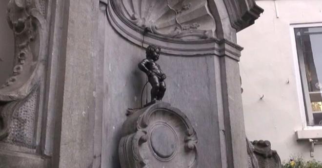 Брюссельского «писающего мальчика» заменят на гендерно-нейтральную скульптуру