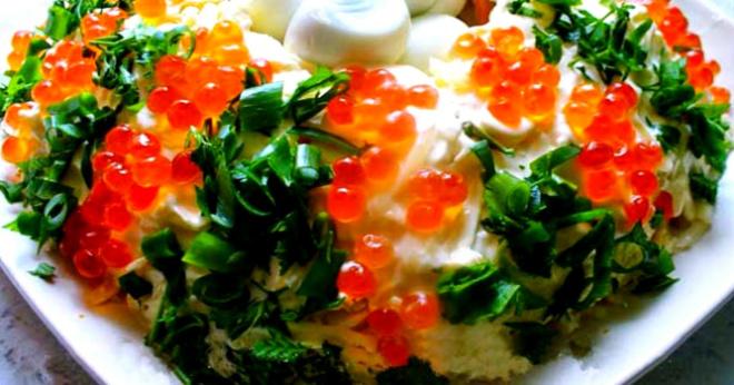 10 невероятно вкусных салатов к новогоднему столу!
