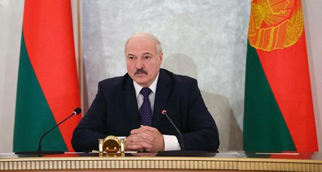 Лукашенко поверил в коронавирус и предупредил о второй волне