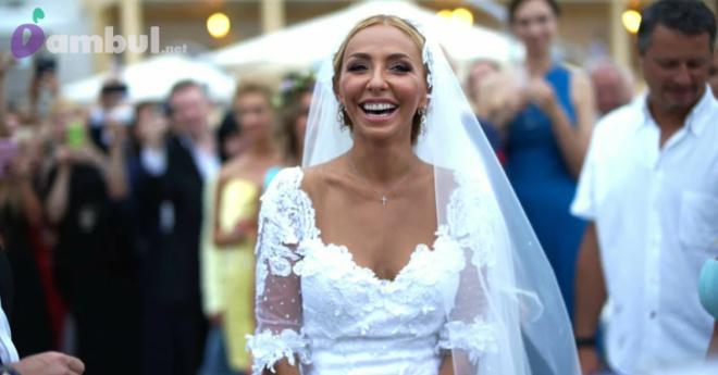 Как выглядели российские звездные невесты 40+ в свадебном наряде