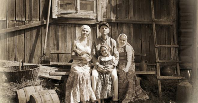 Почему раньше женщины в русских деревнях не носили нижнее белье