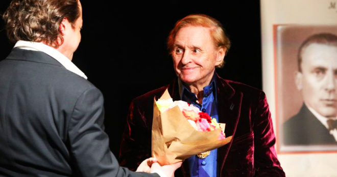 От коронавируса ушел талантливый театральный режиссер Роман Виктюк: стали известны первые подробности
