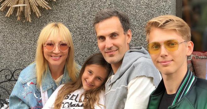 Кристина Орбакайте решила переехать в Нью-Йорк к мужу и дочери из-за низкой востребованности в России
