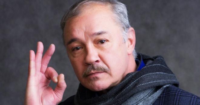 «Спасибо Боярским, что помогли собрать деньги»: Евгений Леонов-Гладышев вернулся домой после реабилитации