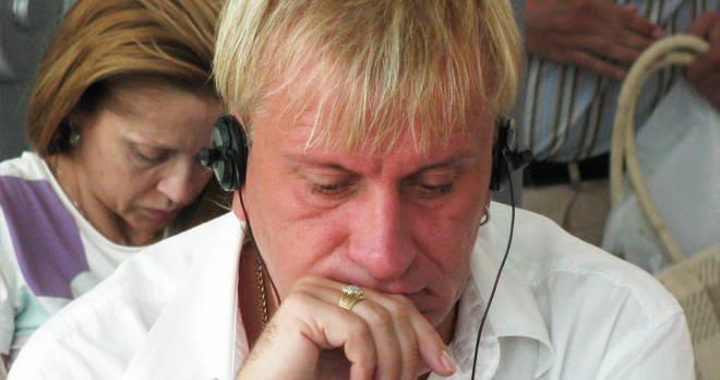 """Пенкин попросил отменить налоги для бедствующих артистов, Соседов возразил: """"Продавайте виллы, яхты и автомобили"""""""