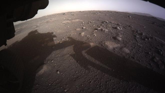 Perseverance прислал цветные кадры с Марса. Рогозин ответил мемами
