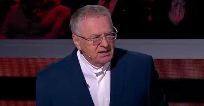 Жириновский раскритиковал полных и призвал ввести предельный вес для россиян