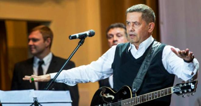 Выглядел как тяжелобольной человек: врачи несколько дней боролись за жизнь певца Николая Расторгуева