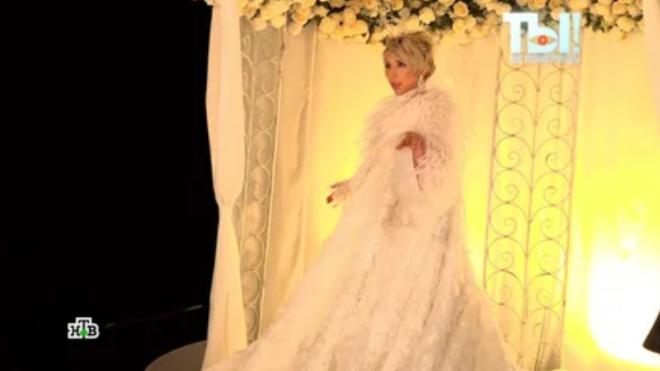 200 000 рублей за платье: Елена Воробей в 4-й раз идет под венец