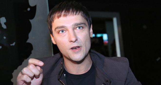 """Создатель группы """"Ласковый май"""" прозябает в нищете: Юрий Шатунов не справился с эмоциями при встрече с ним"""