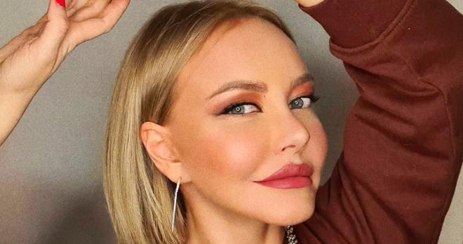 """Маша Малиновская в очередной раз """"поменяла лицо"""": поклонники умоляют звездную блондинку остановиться"""
