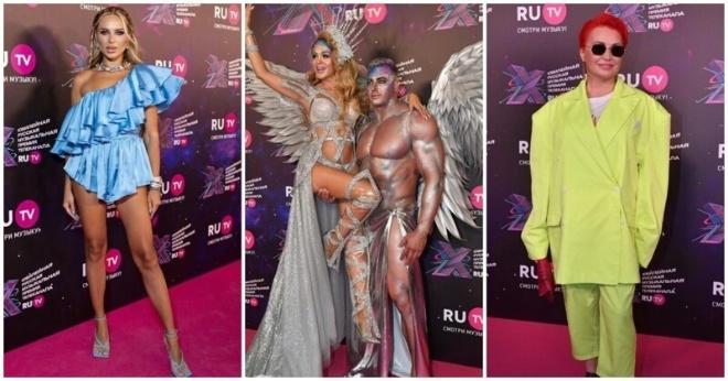 Полуголые и несуразные: российские звезды на красной ковровой дорожке премии RU.TV 2021