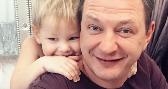 140 тысяч алиментов, домработница и полное иждивение: друзья Башарова рассказали о его помощи бывшей жене