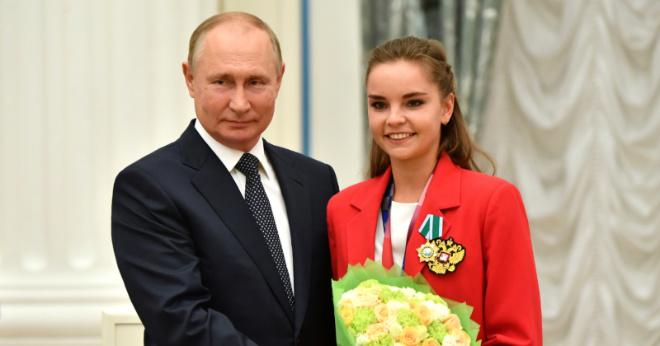 Путин потребовал от судей показать оценки гимнасток на Олимпиаде