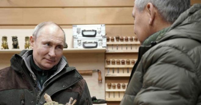 «Отдых традиционный»: Путин уехал в тувинские леса с Шойгу