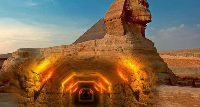 204 года назад у Сфинкса была видна из песка только голова. Статую откапывали трижды, но встретив тоннель останавливались