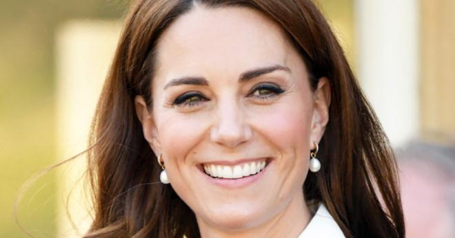Сразила наповал: Кейт Миддлтон вышла в свет в платье, стоимостью почти 300 тысяч рублей